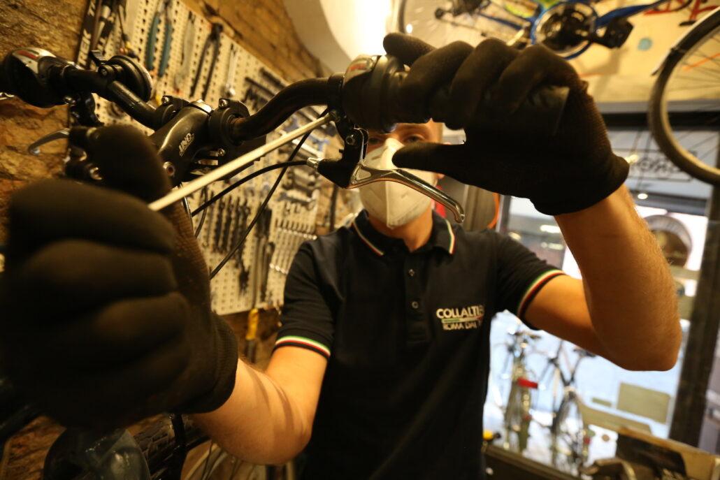 Collalti-Bici-laboratorio-specializzato-in-riparazioni-bici-a-Roma